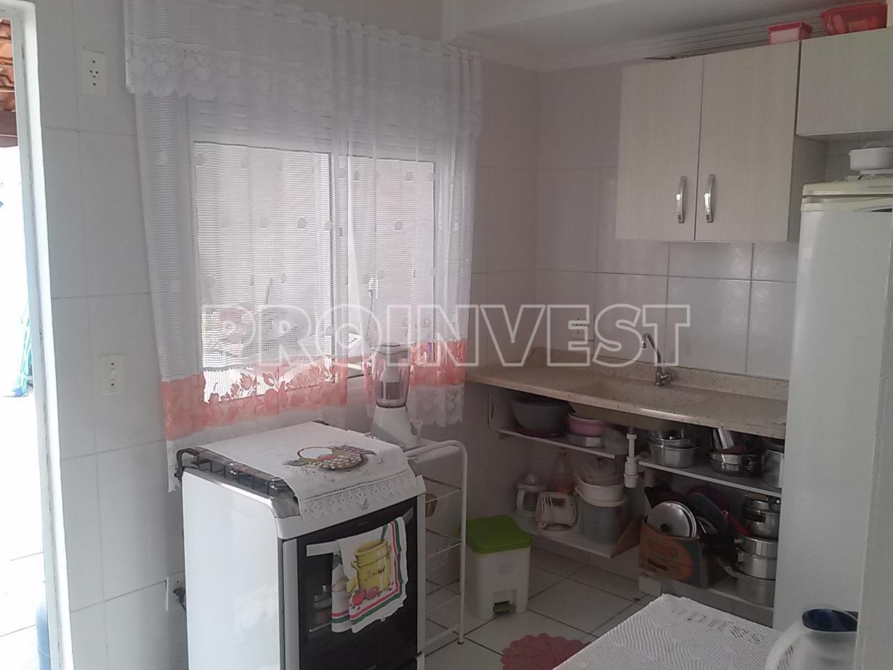 Casa de 2 dormitórios em Jardim Ísis, Cotia - SP
