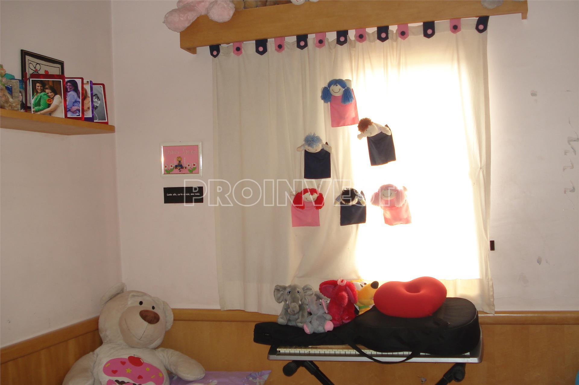Casa de 2 dormitórios à venda em Granja Viana, Cotia - SP