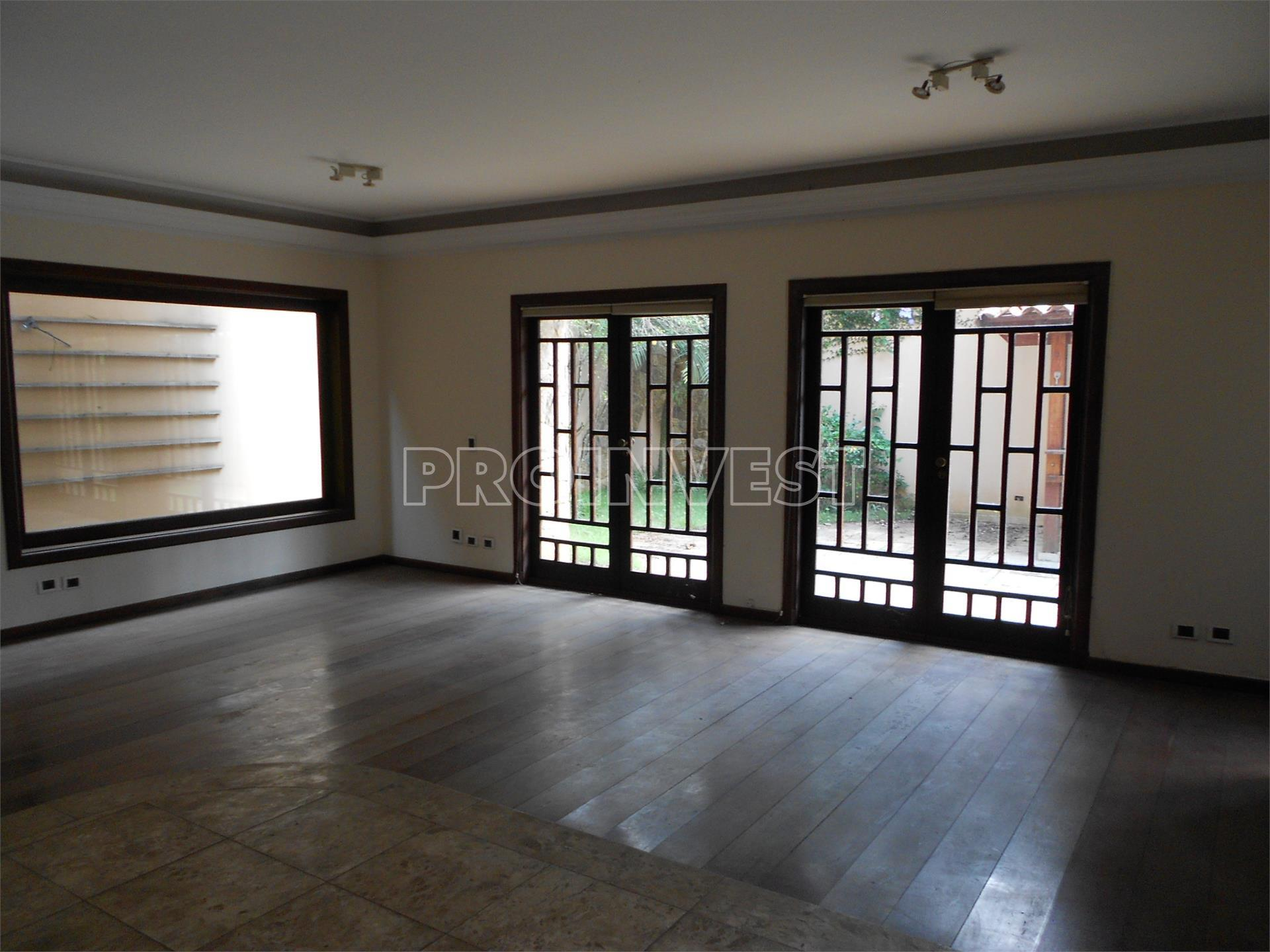 Casa de 4 dormitórios em Vila Das Flores, São Paulo - SP
