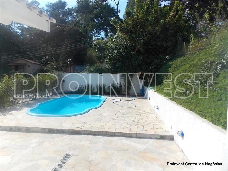 Casa de 3 dormitórios em Granja Caiapiá, Cotia - SP