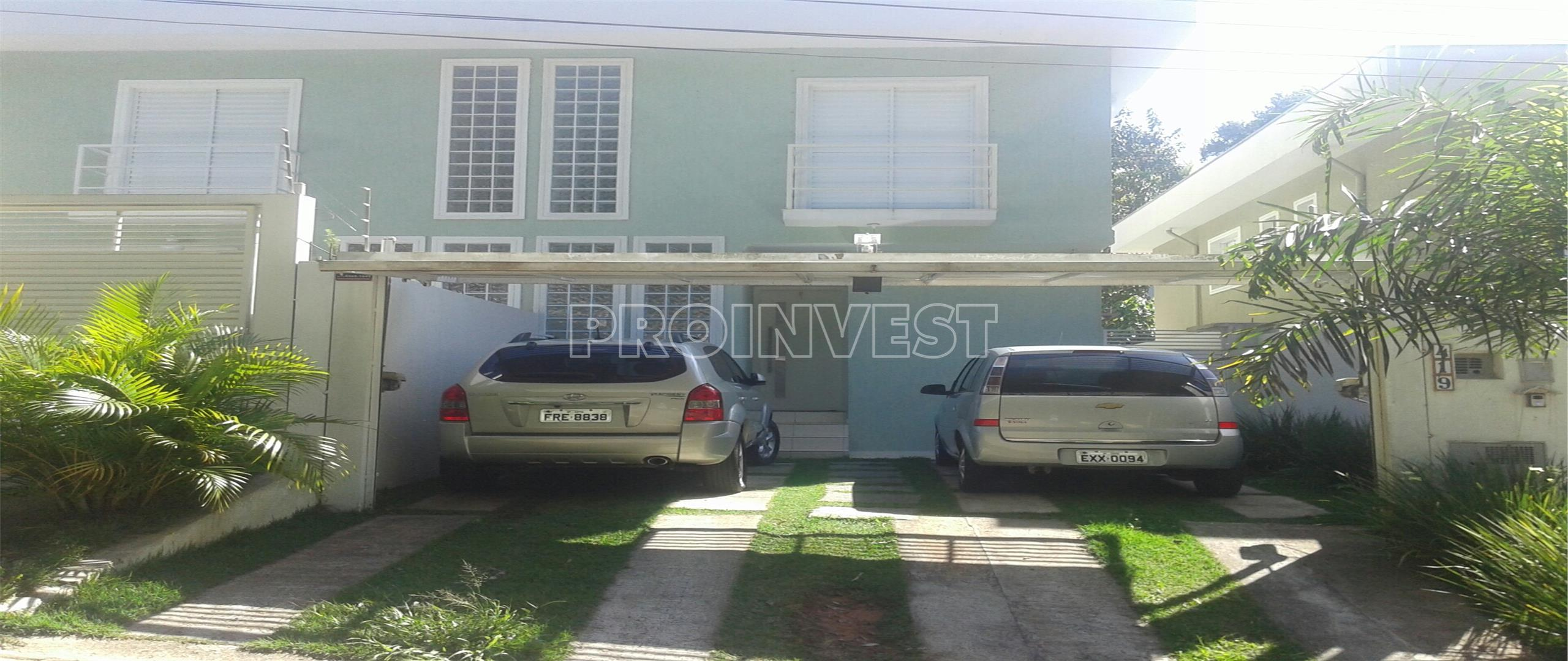 Casa de 3 dormitórios em Chácara Canta Galo, Cotia - SP