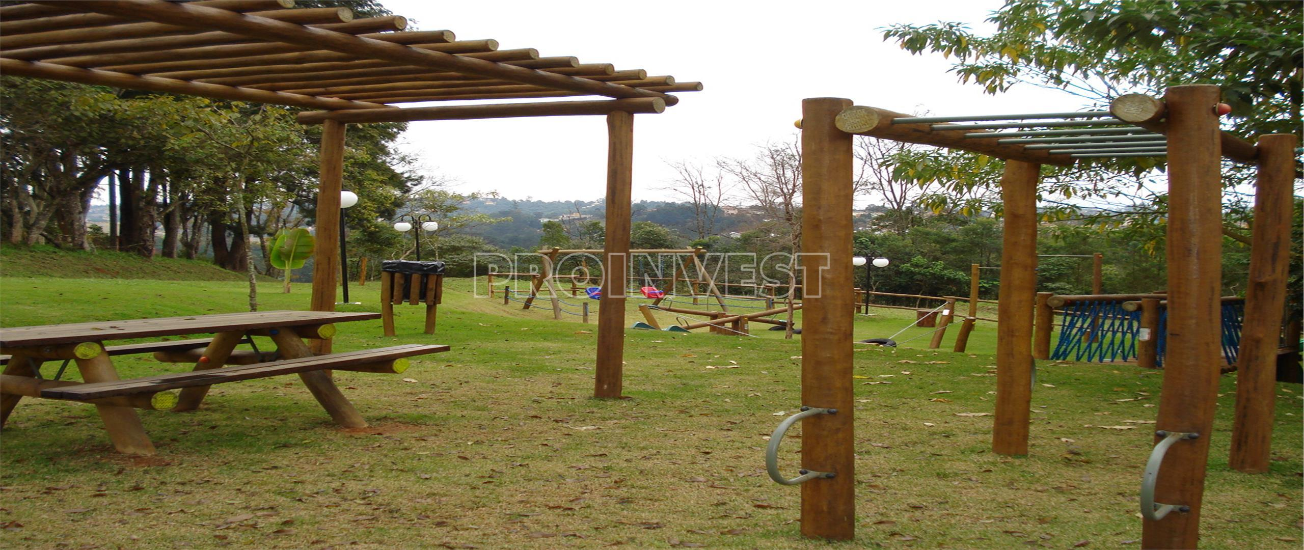 Terreno em Golf Village, Carapicuíba - SP
