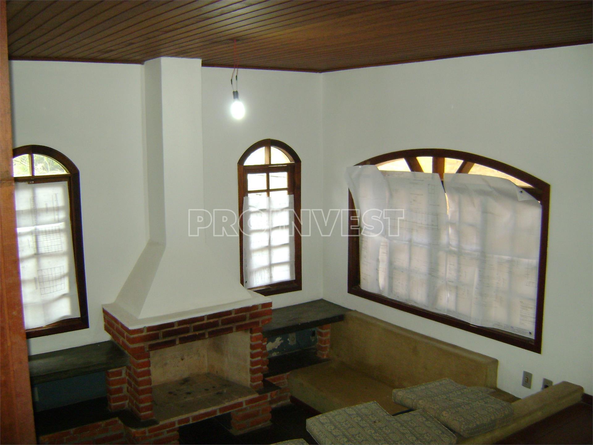 Casa de 4 dormitórios em Jardim Das Flores, Cotia - SP