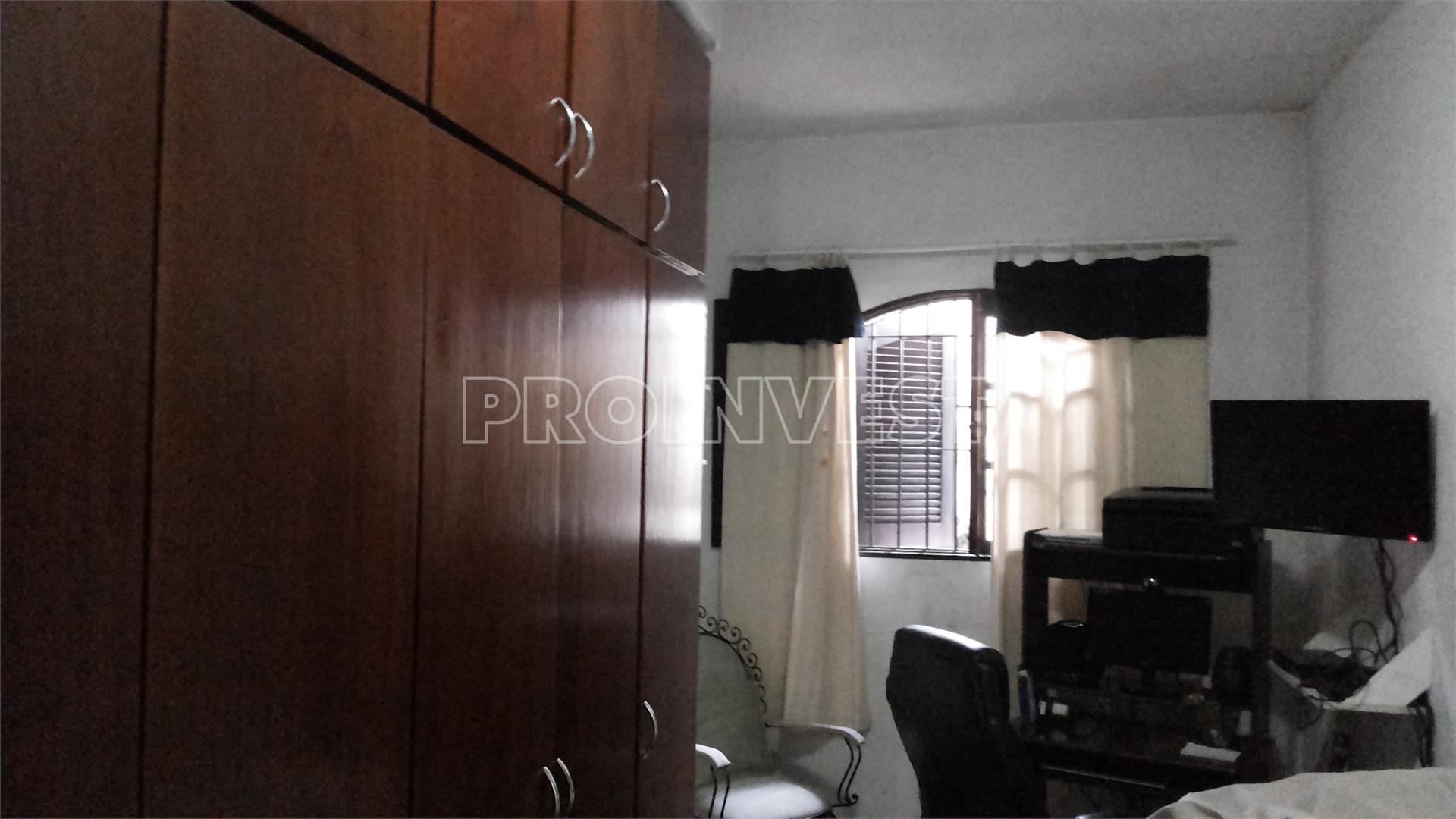 Casa de 3 dormitórios à venda em Parque Santa Teresa, Carapicuíba - SP