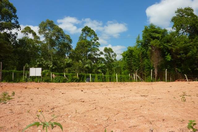 Área à venda em Granja Viana, Carapicuíba - SP
