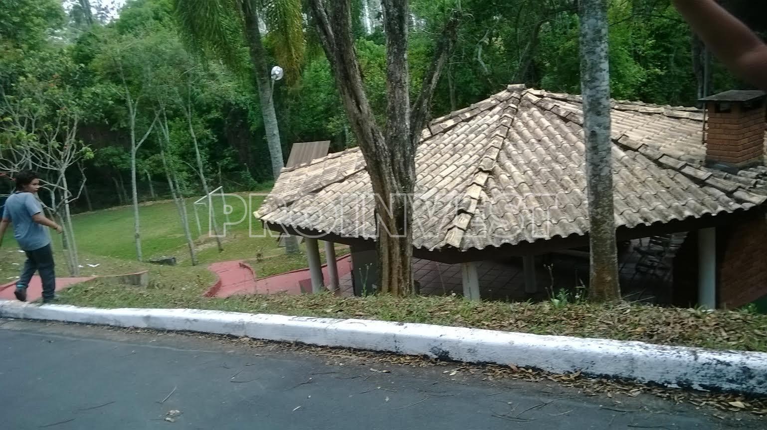 Terreno à venda em Lago Dos Cisnes, Jandira - SP