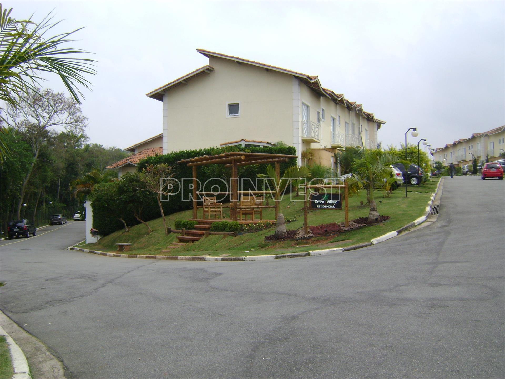 Casa de 3 dormitórios em Green Village, Cotia - SP