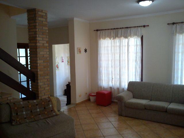 Casa de 3 dormitórios à venda em Granja Viana, Barueri - SP