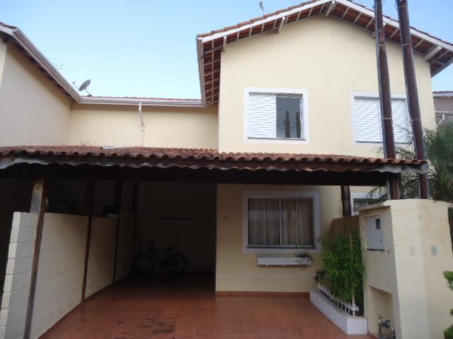 Casa de 2 dormitórios à venda em Jardim Petrópolis, Cotia - SP