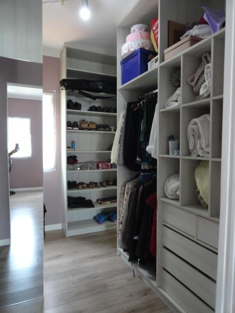 Casa de 4 dormitórios em Paisagem Renoir, Cotia - SP