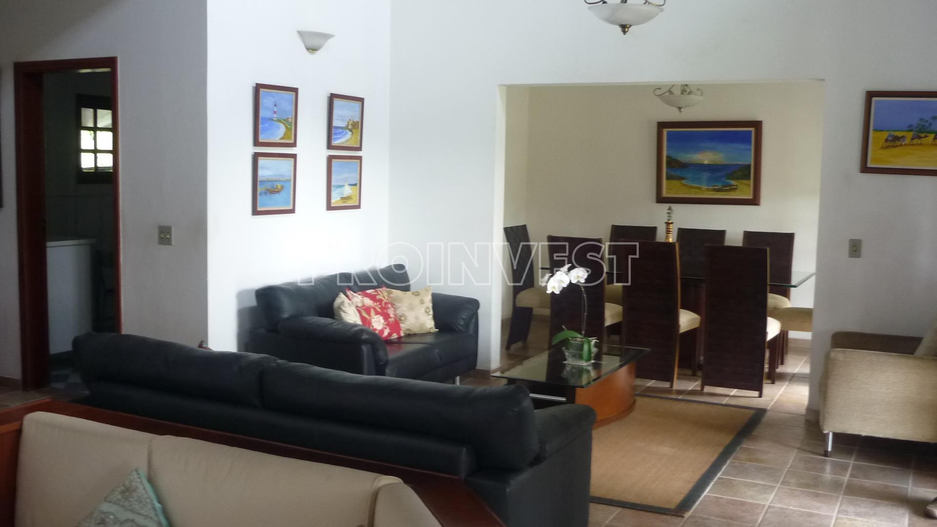 Casa de 4 dormitórios em Algarve, Cotia - SP