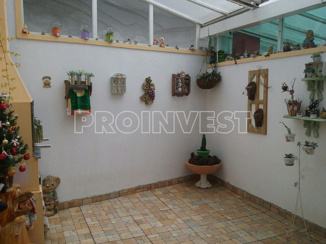 Casa de 2 dormitórios em Fazendinha, Carapicuíba - SP
