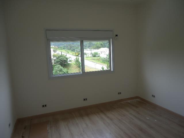 Casa de 4 dormitórios em Reserva Vale Verde, Cotia - SP