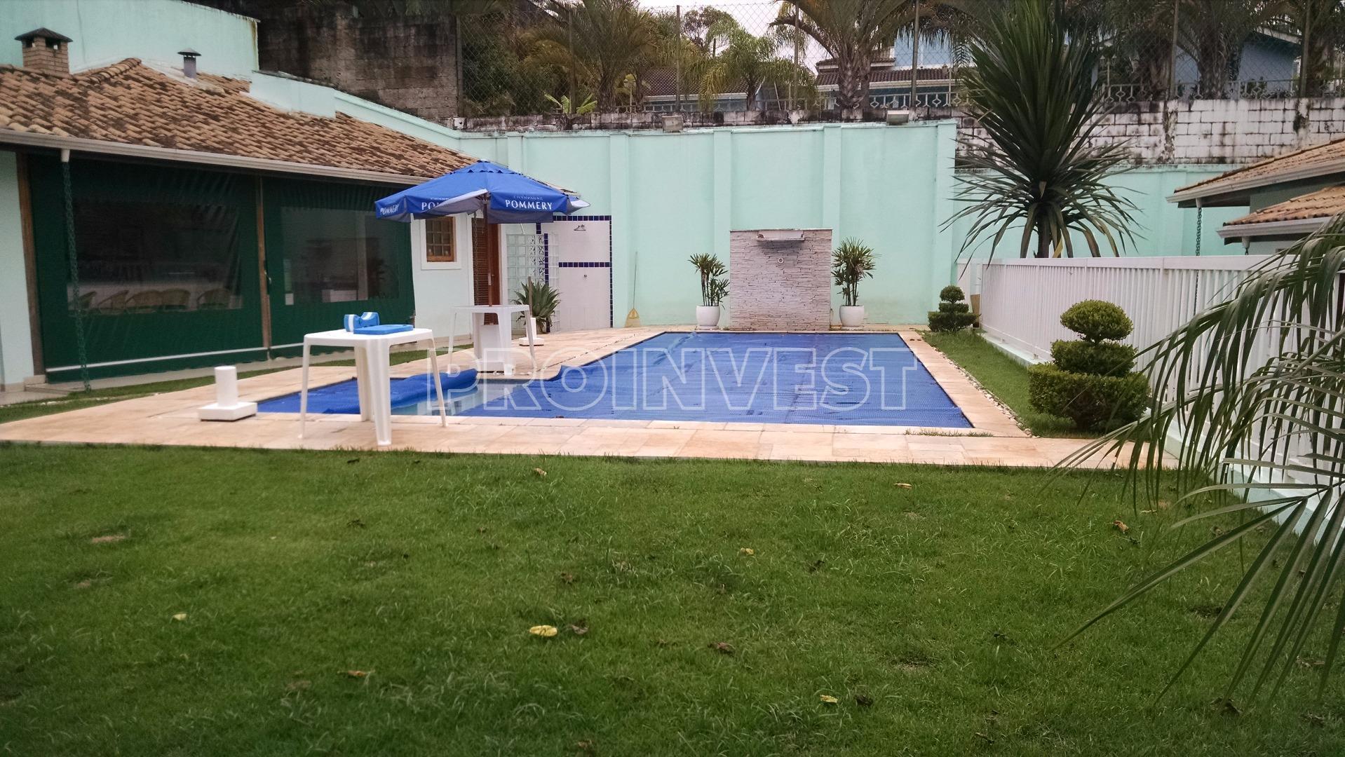 Casa de 5 dormitórios em Jardim Passargada C, Cotia - SP