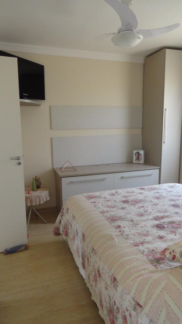Casa de 3 dormitórios em Nativo Club, Cotia - SP