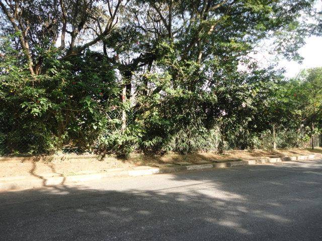 Terreno em Jardim Ana Estela, Carapicuíba - SP