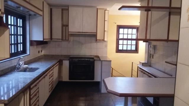 Casa de 3 dormitórios à venda em Jardim Londrina, São Paulo - SP