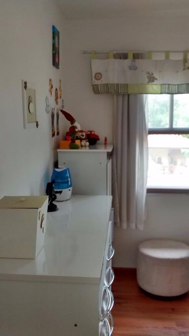 Casa de 2 dormitórios em Vila Dos Galdinos, Cotia - SP
