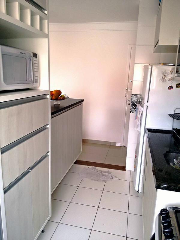 Apartamento de 2 dormitórios em Jardim Petrópolis, Cotia - SP