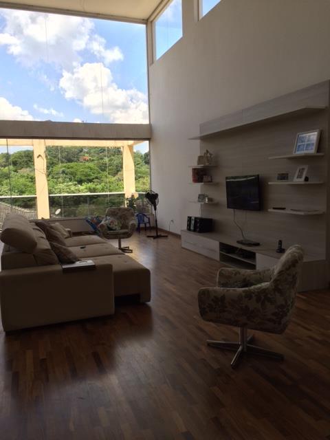 Casa de 4 dormitórios em Quinta De São Fernando, Cotia - SP