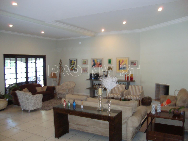 Casa de 4 dormitórios em Terras Do Madeira, Carapicuíba - SP