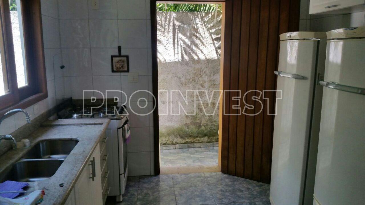 Casa de 4 dormitórios em Vila Verde, Itapevi - SP