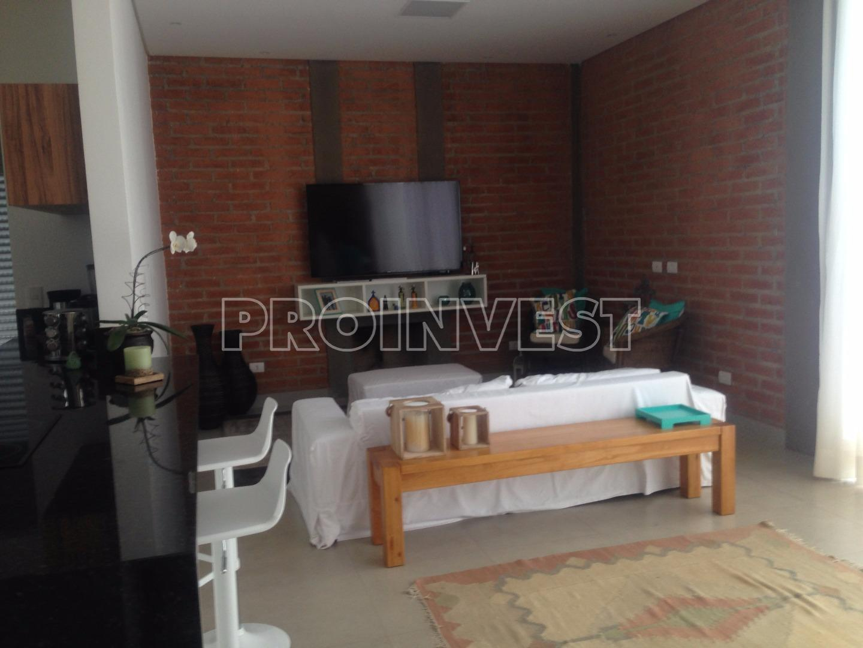 Casa de 3 dormitórios em Granja Carneiro Viana, Cotia - SP