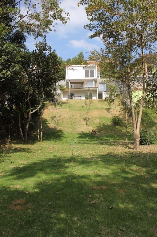 Casa de 3 dormitórios em Chácara Dos Junqueiras, Carapicuíba - SP