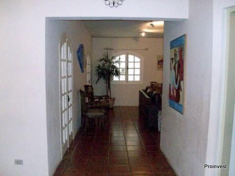 Chácara de 3 dormitórios em Taboleiro Verde, Cotia - SP