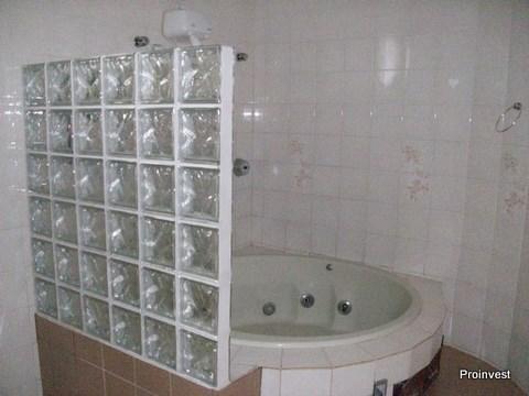 Chácara de 3 dormitórios à venda em Taboleiro Verde, Cotia - SP