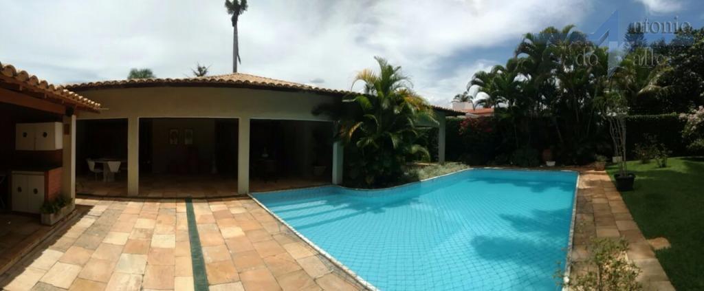 Casa residencial à venda, Setor de Habitações Individuais Sul, Brasília.