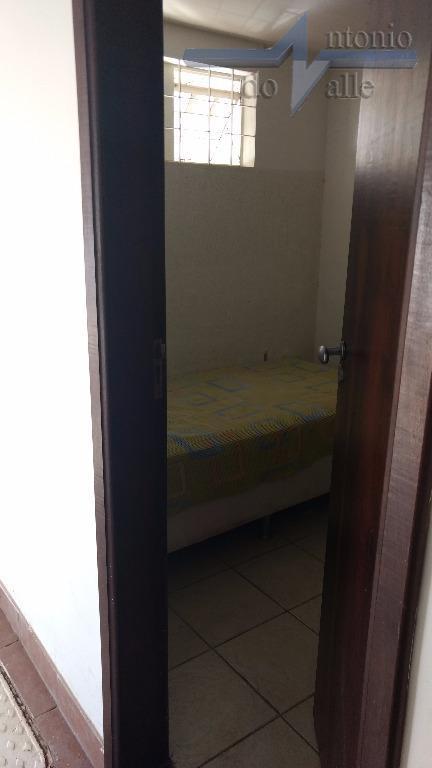 shigs 713 bloco mcasa composta por 03 quartos, todos com armários, sendo uma suíte, 02 salas...