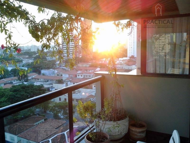 Ótimo apartamento no Campo Belo