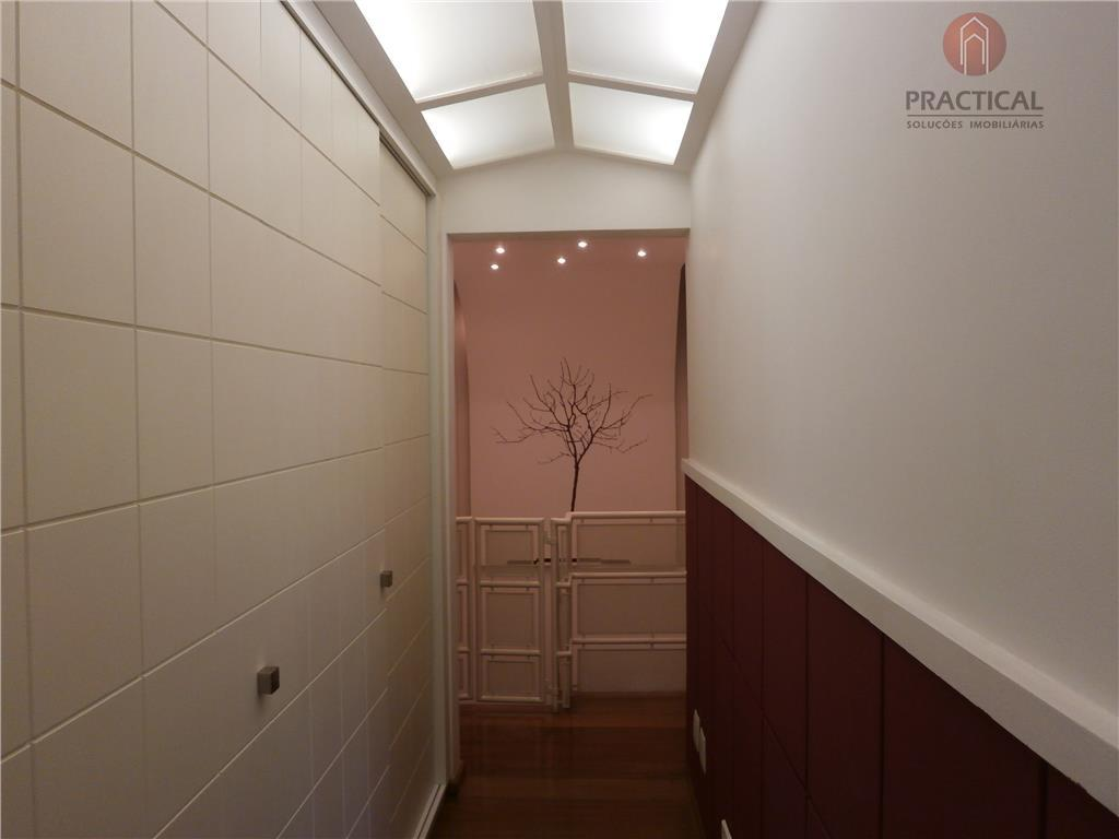 ótimo sobrado novo em condomínio fechado em excelente localização, rua tranquila e arborizada, área de terreno...