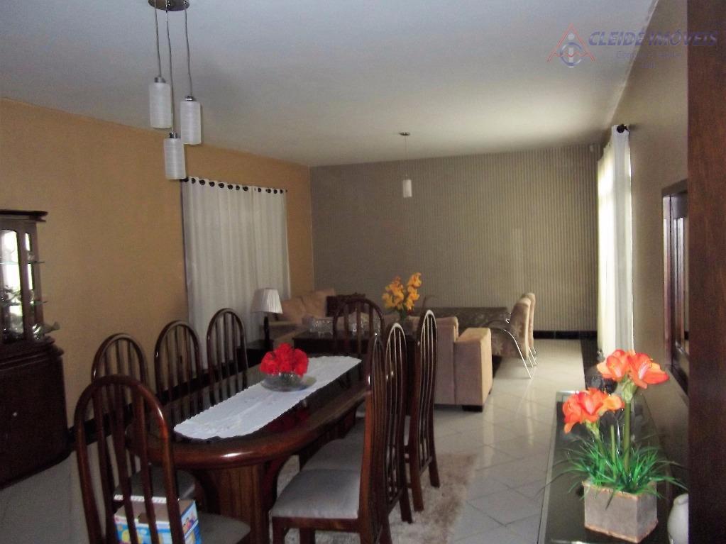 Casa residencial à venda, Jardim Shangri-La, Cuiabá.