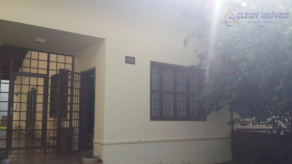Casa  residencial à venda, Quilombo, Cuiabá. excelente localização para escritorio , vende ou troca por apartamento