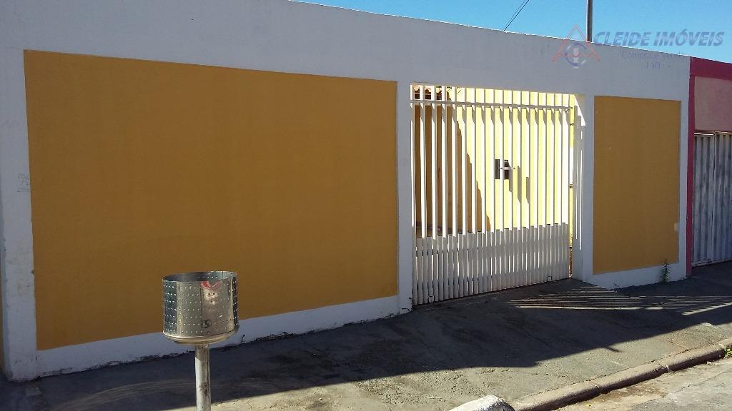 Casa com 3 dormitórios para alugar por R$ 1.200/mês - Cidade Alta - Cuiabá/MT