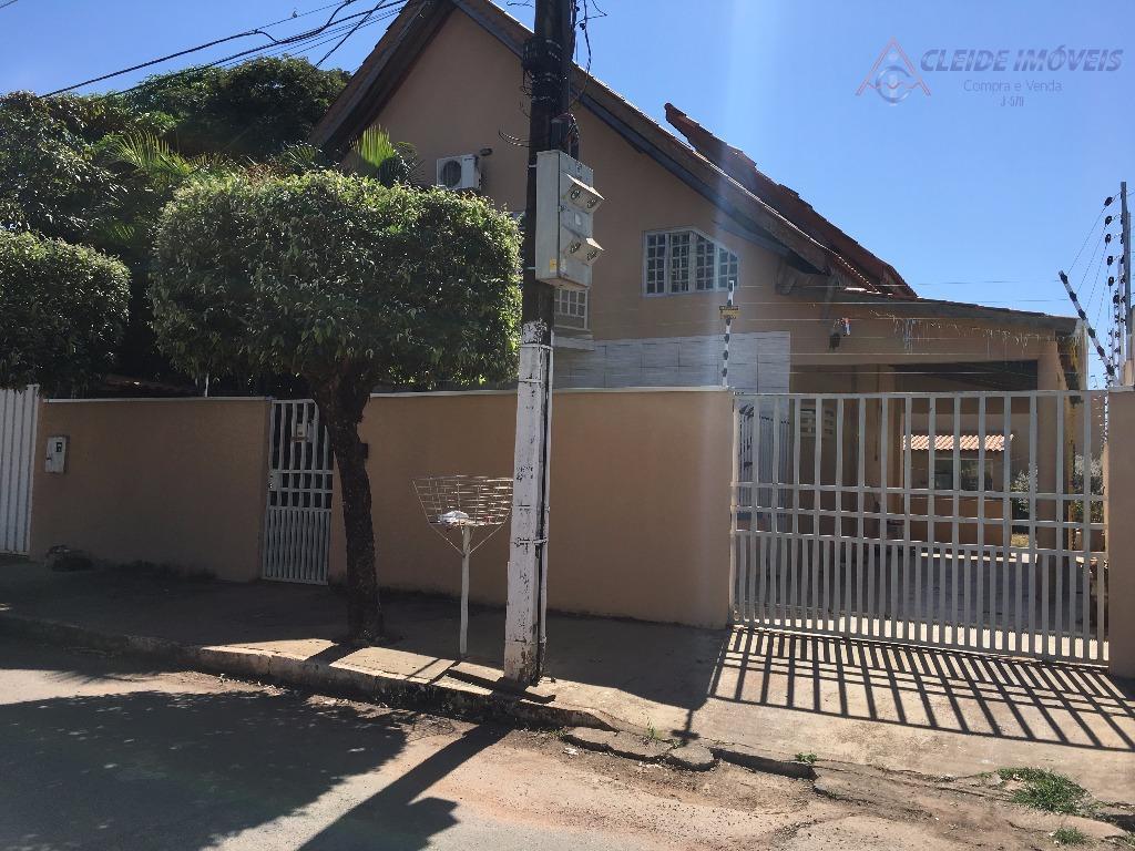 Sobrado residencial à venda, Santa Cruz II, Cuiabá.