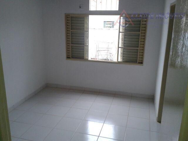 casa 3/4 sendo 2 suites 1 closet2 salas 1 banheiro socialcozinha amplacorredor lateralquintal grandearea de serviço...