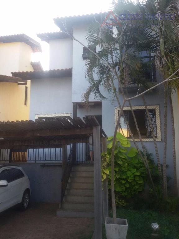 Sobrado residencial à venda, Village Flamboyant, Cuiabá.