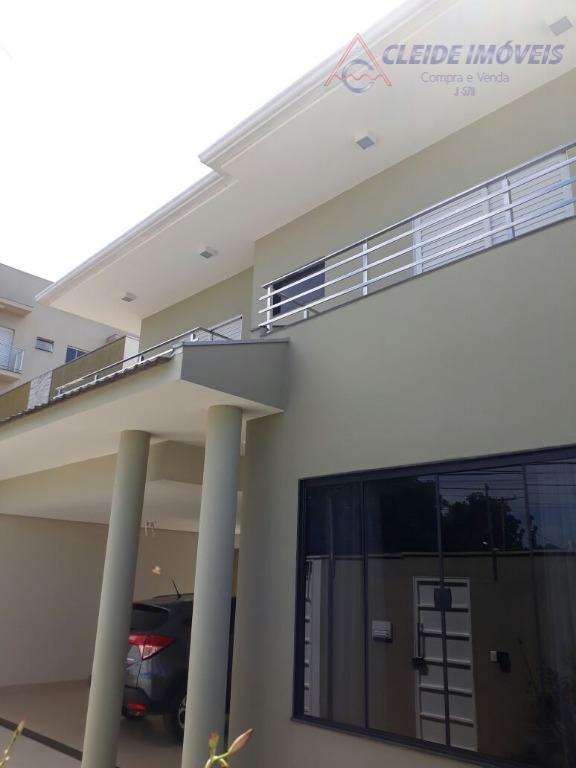 casa sobrado de alto padrãopróximo ao parque mãe bonifáciaterreno com 360 m2. casa com 295,88 m2...
