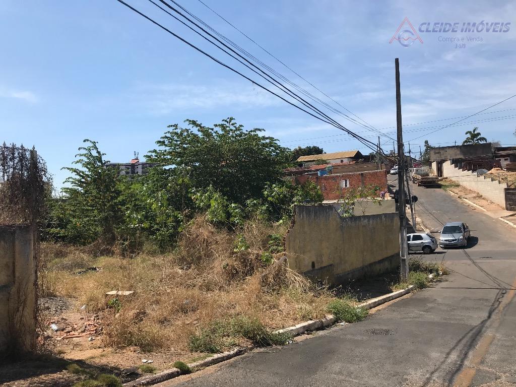 Terreno de esquina próximo Miguel Sutil , Poção