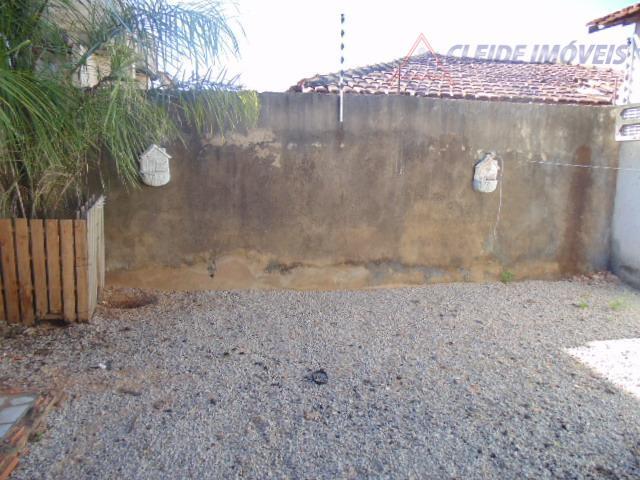 casa no cpa 2 proximo a avenida brasil3 quartoa sendo 1 suitecopa / cozinha/ forro em...