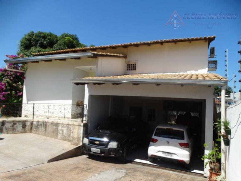 Casa residencial à venda no Bairro Baú - Cuiabá.