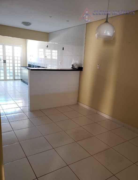 Casa com 3 dormitórios à venda, 186 m² por R$ 350.000 - Coophema - Cuiabá/MT