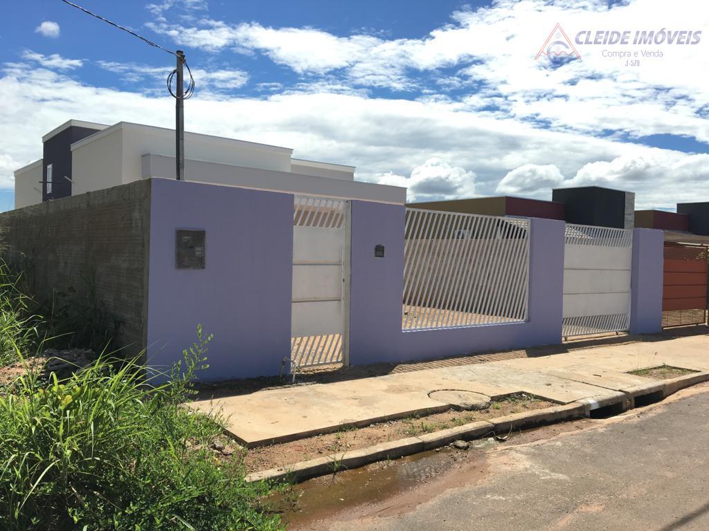 Casa com 3 dormitórios para alugar por R$ 950/mês - Três Barras - Cuiabá/MT
