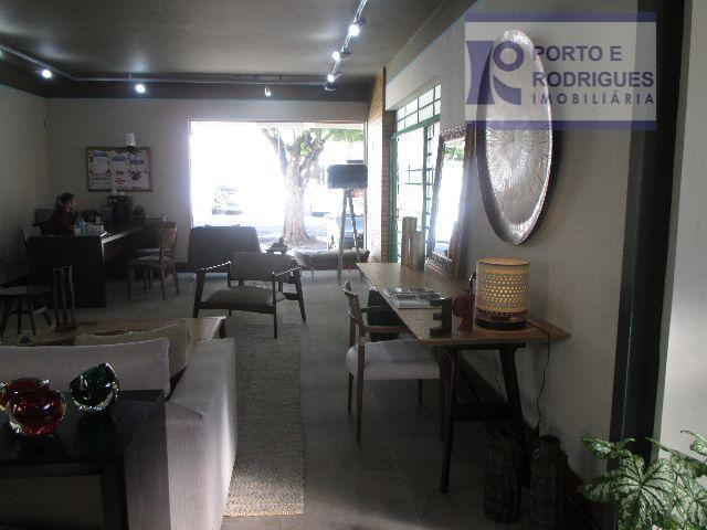 excelente casa comercial, no coração do cambuí, reformada, ar condicionado, área de serviço, quarto de empregada.