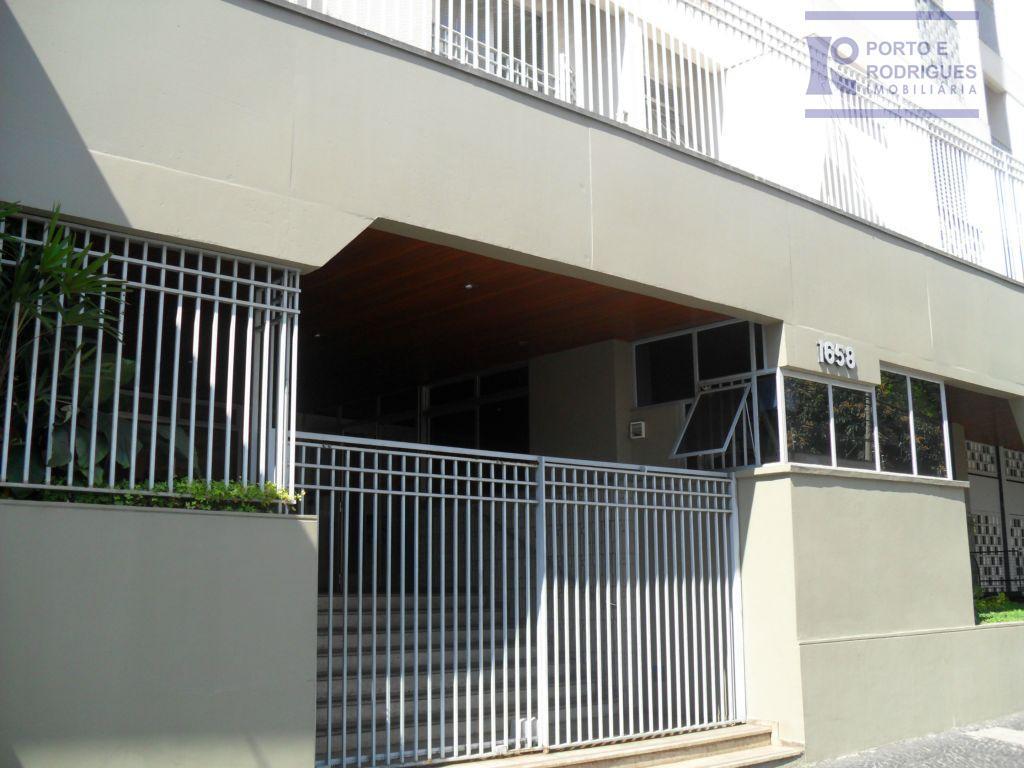Apartamento residencial para locação, Centro, Campinas - AP0579.