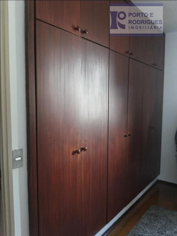 apto.3+1dorms, living para 3 ambientes com sacada , cozinha ampla , planejada , dorms amplos com...