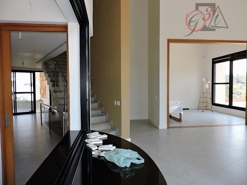 sobre o condomínio: alphaville granja viana, é um belíssimo condomínio, localizado próximo ao centro da granja,...